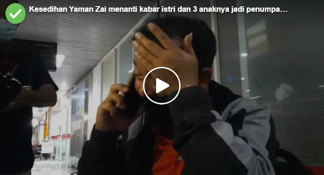 Pria Ini Menangis Menanti Kabar Istri dan 3 Anaknya Yang Jadi Penumpang Sriwijaya