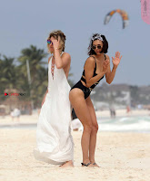 Nina+Dobrev+in+Bikini+Playful+Pics+in+bLack+Wow+at+a+Beach+in+Mexico+%7E+SexyCelebs.in+Exclusive+10.jpg