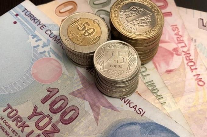 Τουρκία: Η λίρα κατρακυλάει μετά την καθαίρεση του διοικητή της κεντρικής τράπεζας