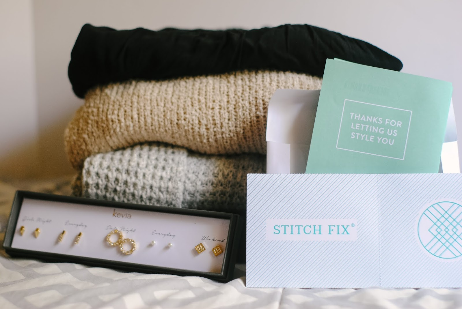 A couple years back, I used to review my Stitch Fix boxes on this blog (you can read all about my last 4 boxes here). The first and third boxes were amazing, but I didn't really like anything from the second or fourth, which caused me to cancel my subscription. I decided restart my subscription to Stitch Fix a few months ago so keep reading to learn why! #stitchfix #stitchfixreview