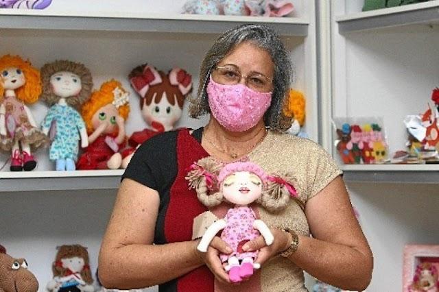Força, Brasília: Artesãos recorrem à internet para sobreviver nessa época de pandemia