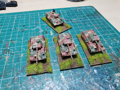 Panther tanks with zimmerit and without picture 6