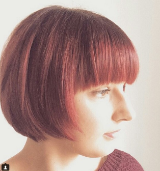 Haircut For Women Round Face 2020 (Hairstyle Updates - www.hairstyleupdates.com)