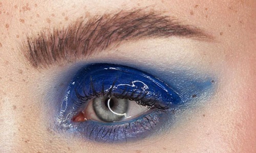 Maquillaje de ojos glossy eyes
