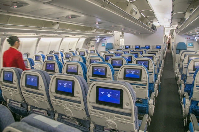 cathay pacific airline review india hong kong