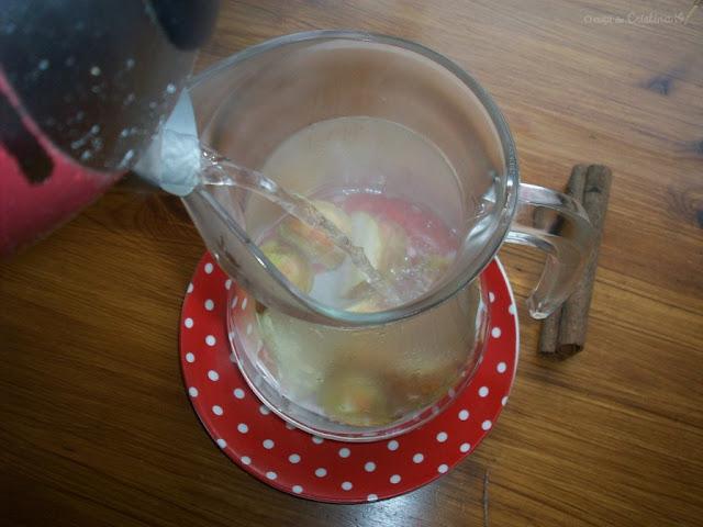 Homemade tea with apple and cinnamon by Cristina G.