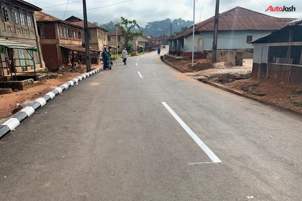 Fashola Commissions 6-Km Road Constructed By Businessman, Michael Ade-Ojo (PHOTOS)