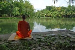 La meditación en el lago de Nat Sakunworarat