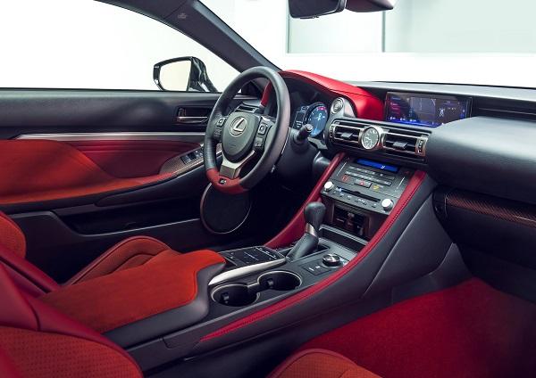 Interior Lexus RC F Track Edition