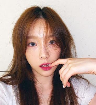 SNSD Taeyeon W Korea October
