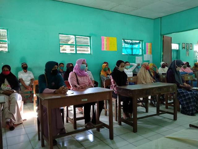 Babinsa Koramil Ceper Hadiri Sosialisasi Pembelajaran Daring
