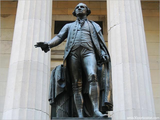 Escultura de George Washington en Nueva York