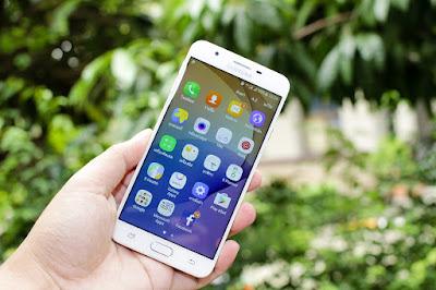 Harga Jual HP Samsung J4 Tebaru dengan 5 Kelebihannya