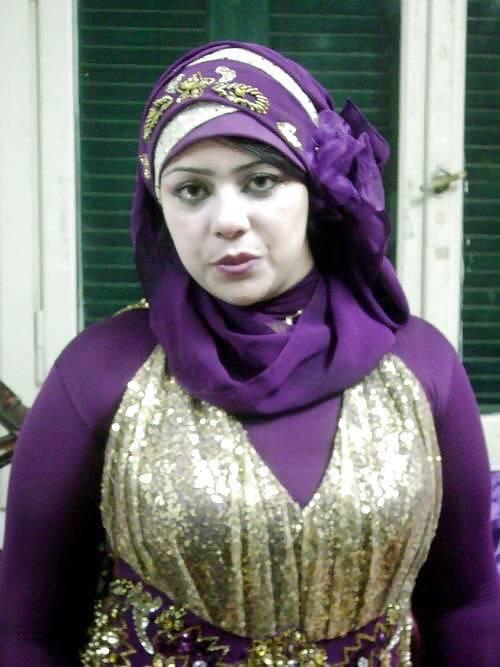 A 42year-old Muslim woman from Morocco is looking for marriage