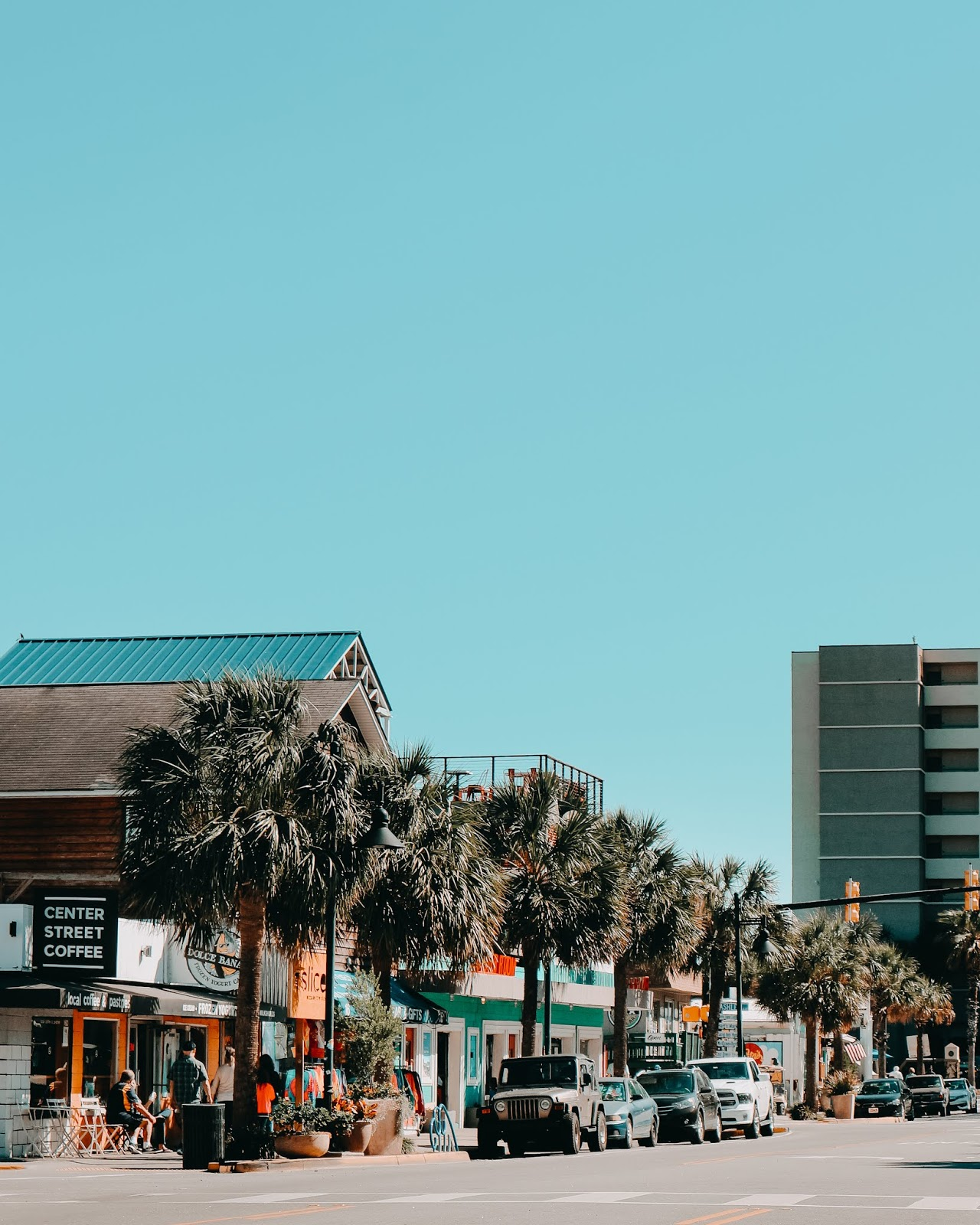 Falling In Love With Folly Beach, South Carolina - HollieAnnBowe