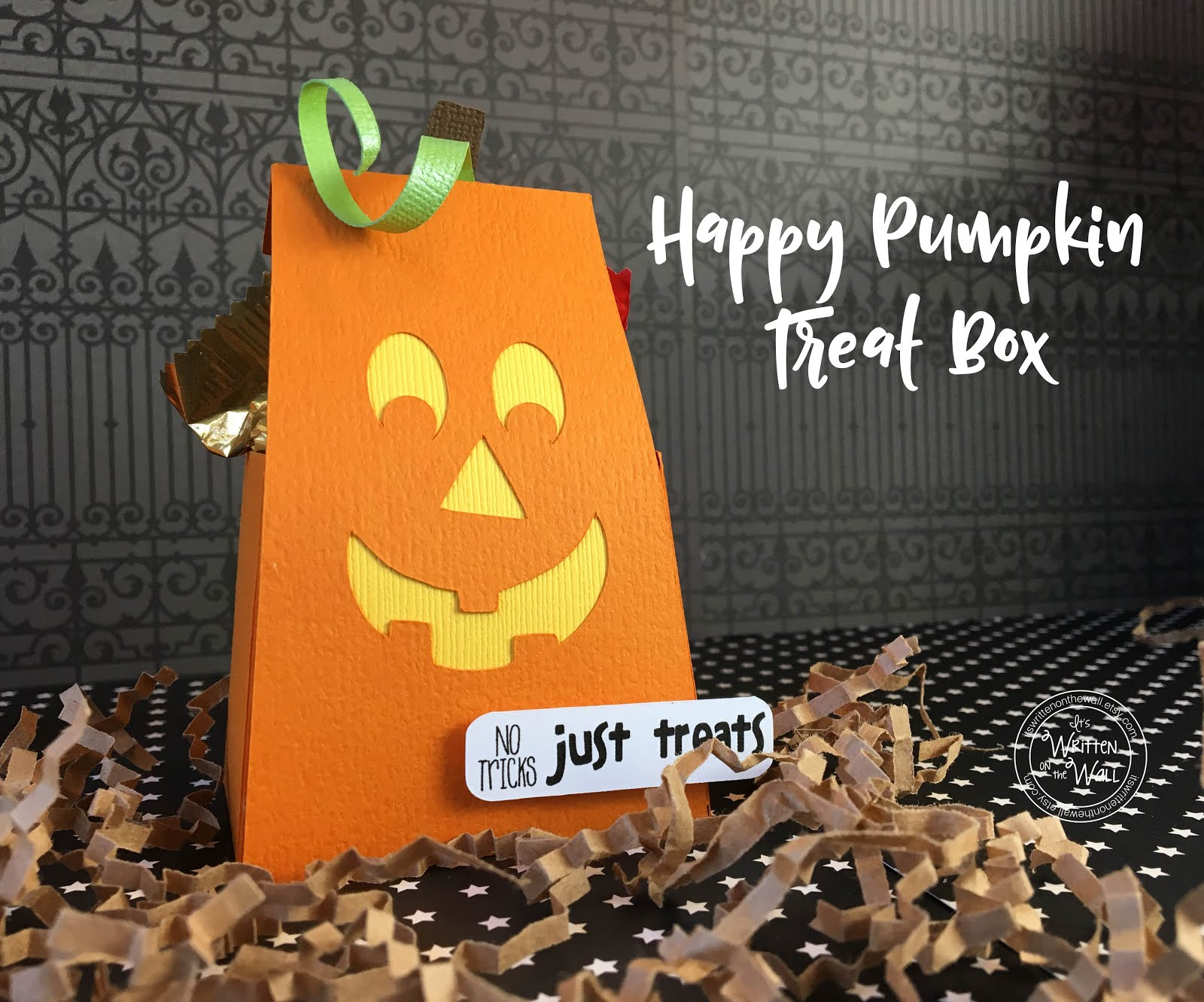 Happy Pumpkin Treat Box