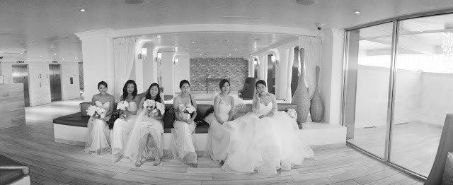 Jin and her bridal party before her Bridgeview Yacht Club wedding