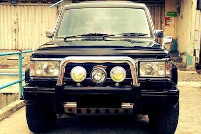 Eksterior Chevrolet Trooper Lampu Kotak Tampak Depan