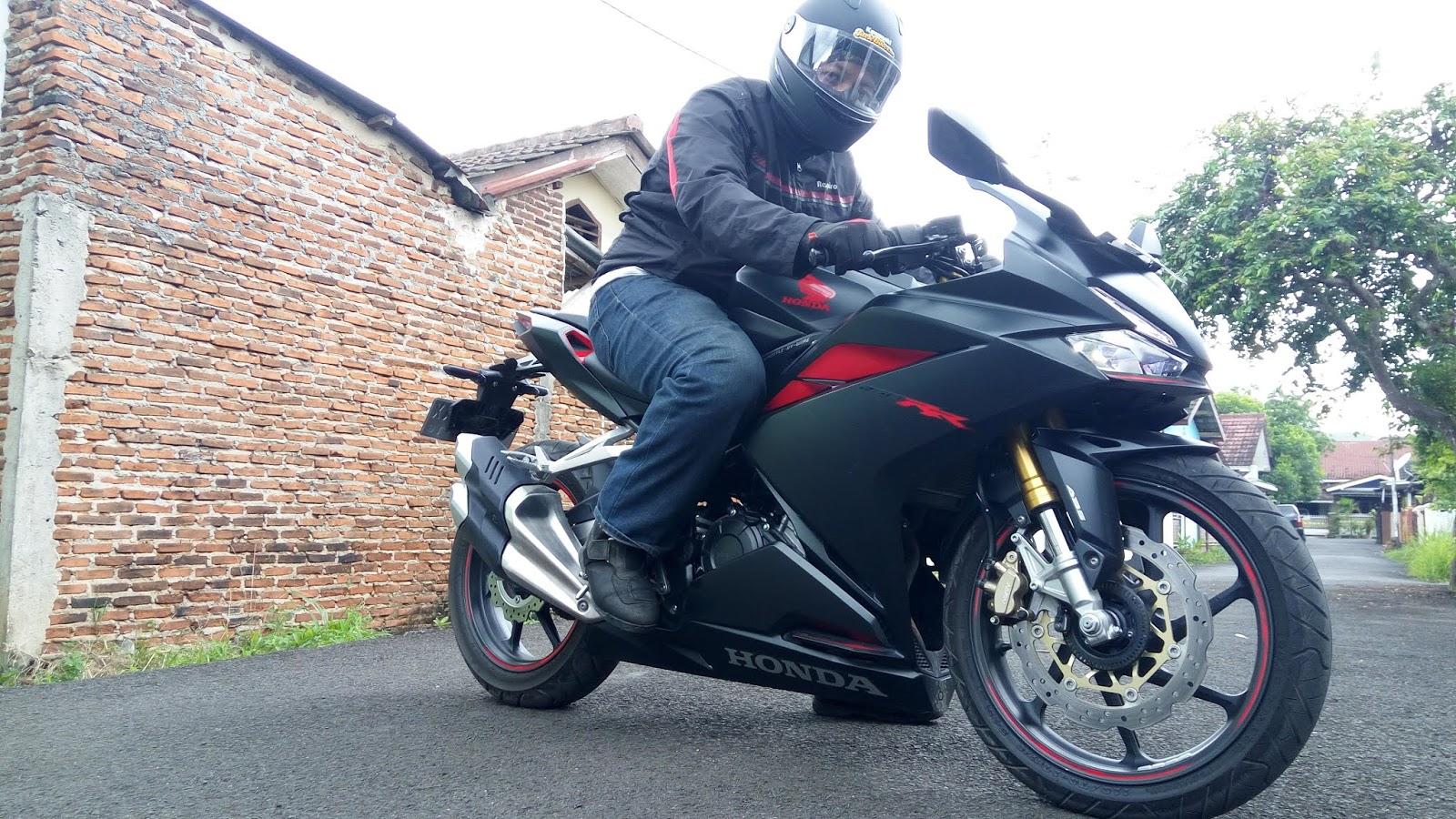 Kawasaki Ninja 250 FI Melorot, Honda CBR250RR Ada Peningkatan