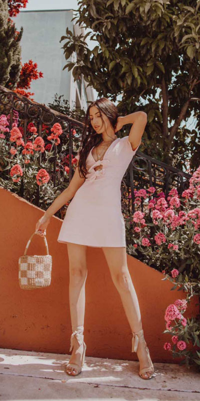 Searching for lightweight outfits to help you cooling off this summer? See 27 Must-have Everyday Summer Styles To Beat The Summer Heat. Summer Fashion via higiggle.com | blush mini dress | #summeroutfits #cool #summerstyle #minidress