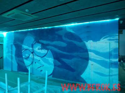 Mural cara chica logo afroamericana La Daurada Beach Club
