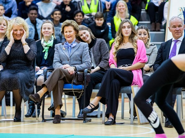 "Queen Sonja presented ""Queen Sonja's School Award 2018"" to. Apalløkka School in Grorud district of Oslo"