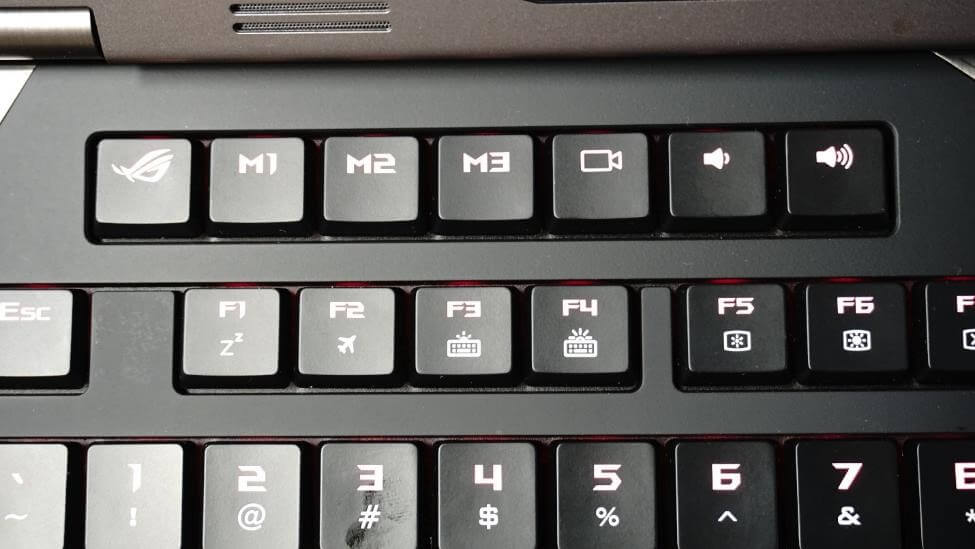 Keyboard Notebook ASUS ROG GX800