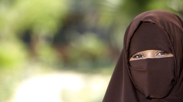 Cerita Valina Diusir dari Angkot karena Berpakaian Syar'í