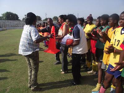 Seleção Nacional de Futebol Feminino sub-17
