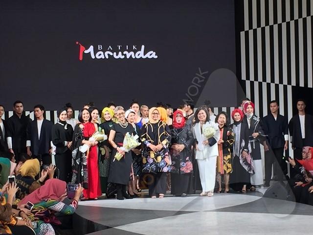 Koleksi Batik Marunda Dipamerkan di Jakarta Fashion Week