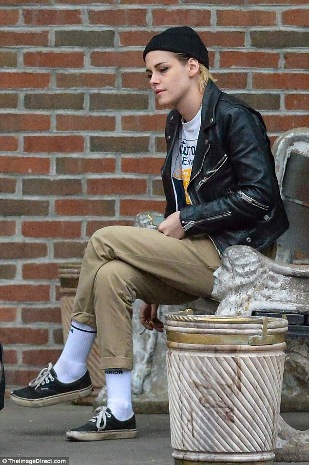 Kristen Stewart and girlfriend Stella Maxwell hang out with Josh Hutcherson and Ashley Benson in New York