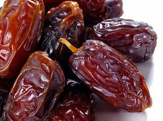 nilai gizi buah kurma