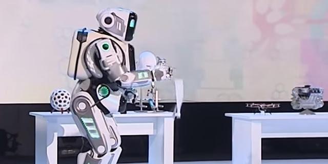 5G Technology- Avatar Humanoid Robot