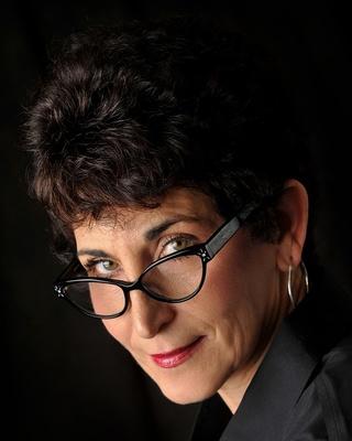 Dr. Laura Streyffeler