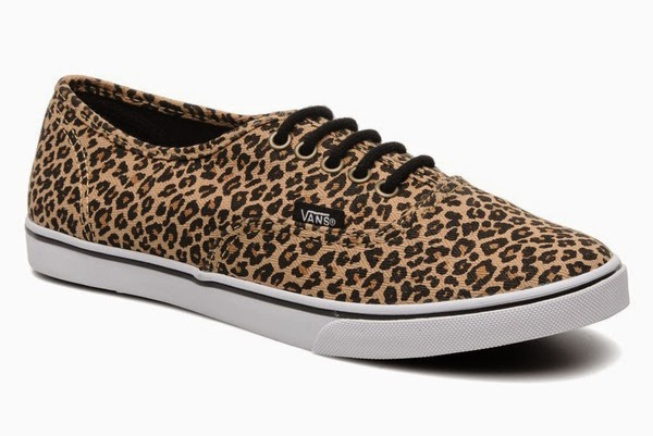 Authentic Lo Pro W by Vans