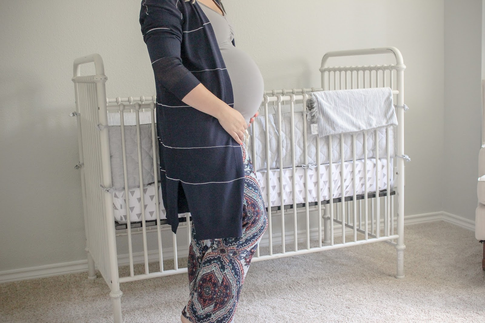 what to wear home after having baby