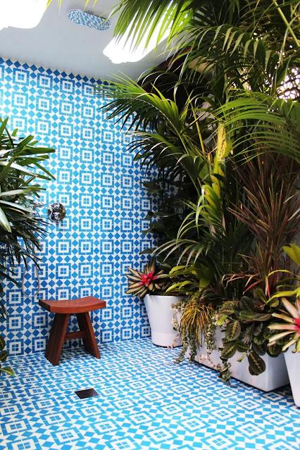 ห้องอาบน้ำ outdoor ลายกระเบื้องสวย