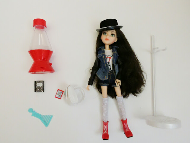 Project Mc2 Doll and Journal Review  via  www.productreviewmom.com