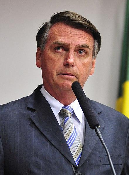 440px-Jair_Bolsonaro_%2528cropped%2529.jpg