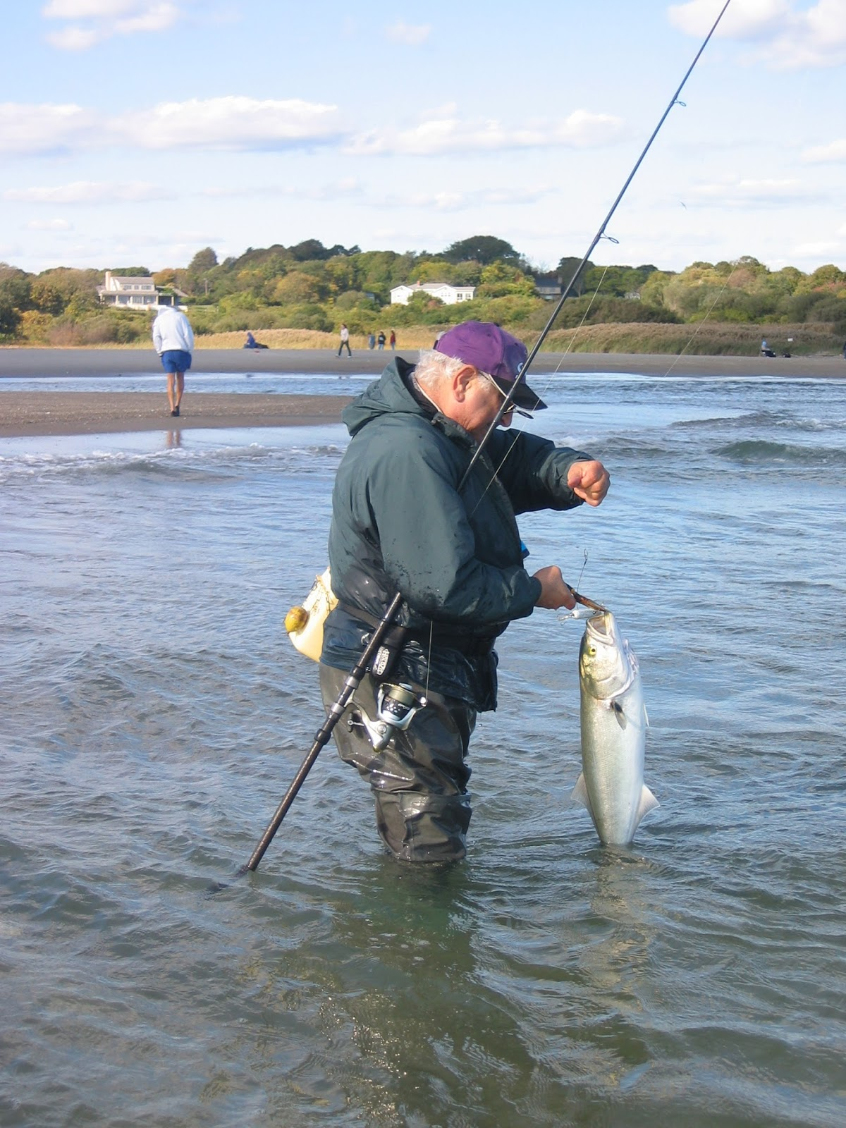 Rhode island striped bass the passing of doc hayek for Best striper fishing spot in ri