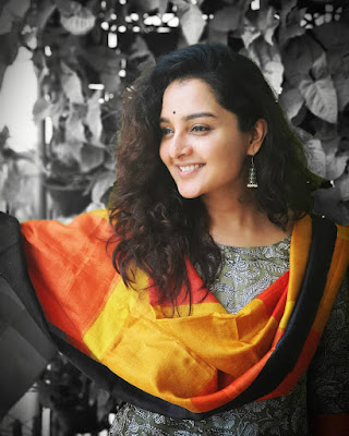 Manju Warrier (Indian Actress) Biography, Wiki, Age, Height, Family, Career, Awards, and Many More