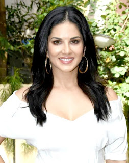 Sunny Leone cute white dress wallpaper