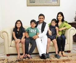 Akhilesh Yadav Family Wife Son Daughter Father Mother Age Height Biography Profile Wedding Photos