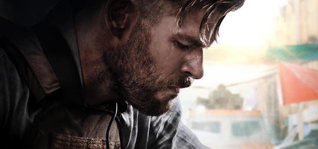 Chris Hemsworth parabeniza 'Resgate' como o filme original mais popular da Netflix