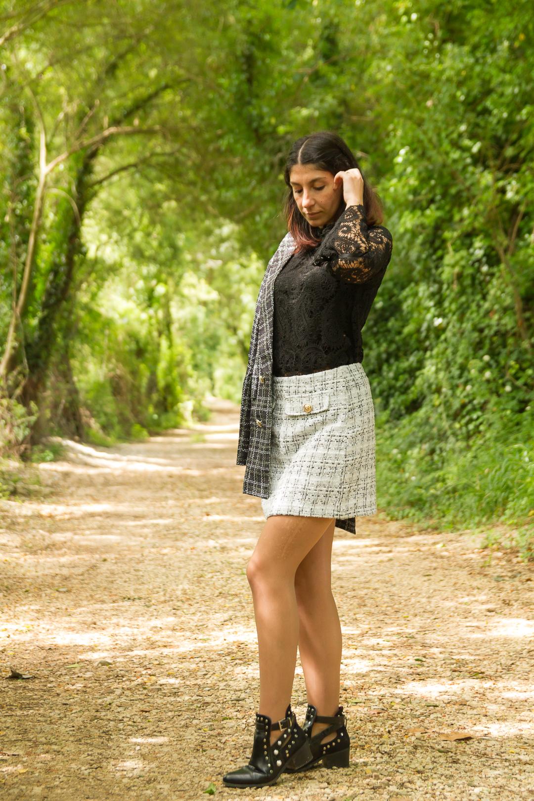 Camisola rendada preta