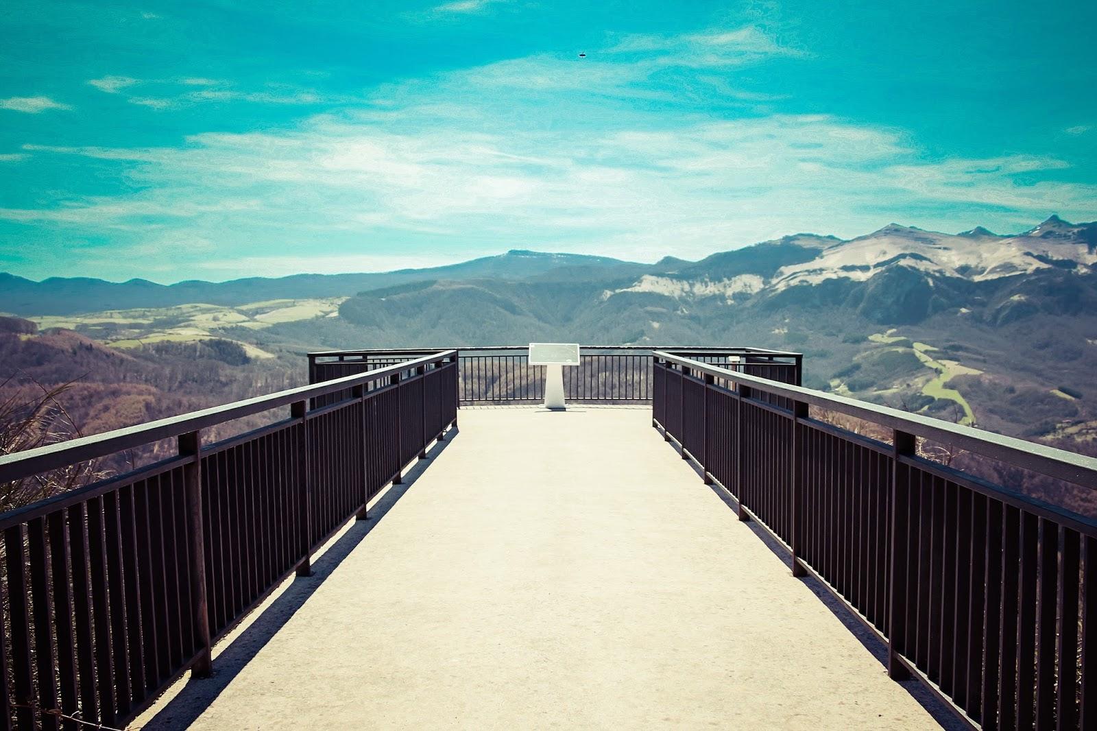 Las im genes que yo veo navarra 3 miradores del pirineo for Mirador del pirineo