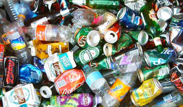 Kaleng sisa kemasan makanan termasuk dalam limbah anorganik