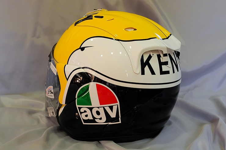 racing helmets garage arai sz ram iv kenny roberts replica by yuhiro m designs. Black Bedroom Furniture Sets. Home Design Ideas