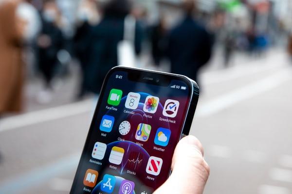 भारत  के शीर्ष 10 सर्वश्रेष्ठ 5 जी स्मार्ट फोन (2021) | Best 5G Smartphones in India (Hindi)