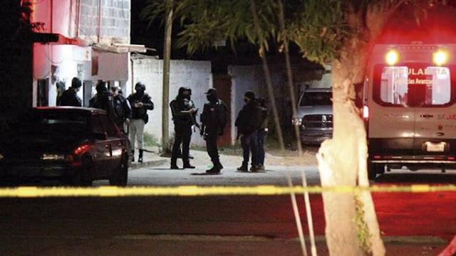 Sicarios del Grupo Flechas Cártel de Sinaloa de El Mayo Zambada ejecutan a 7 personas; 4 mujeres frente al mirada de 4 niños